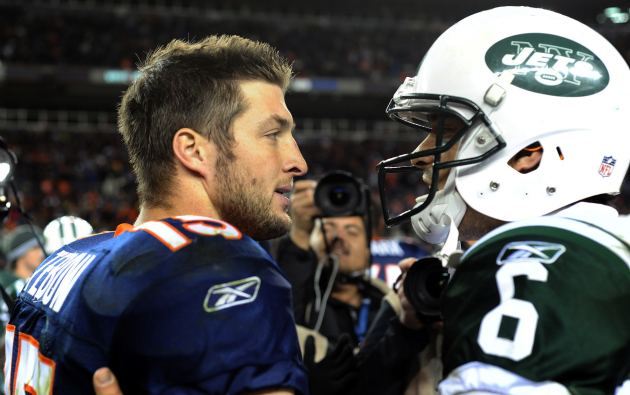 tim_tebow_mark_sanchez_trade_03212012